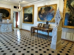 7 Musee DE LA CHASSE DOG ROOM.JPG